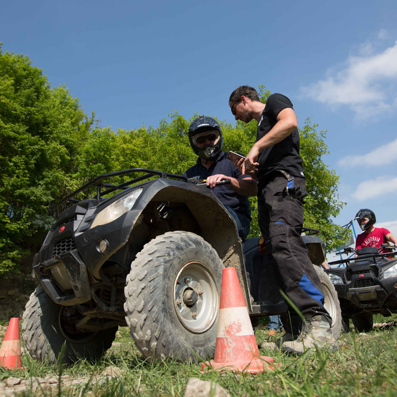 Trends7R   Team-Events   Offroad